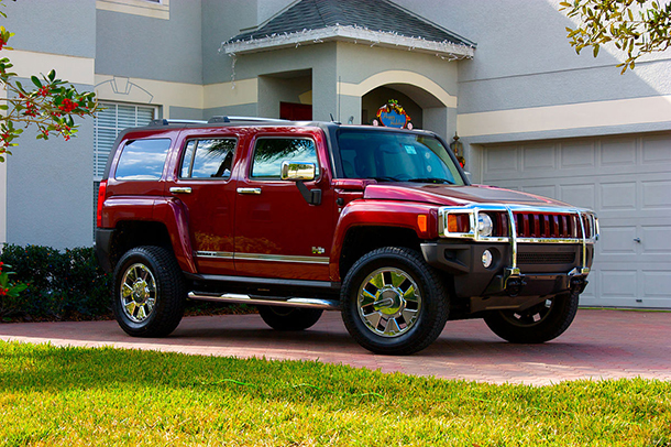 The Hummer H3 Which Had An Average Fuel Economy Of 15 Mpg Was Discontinued In 2010 Photo Marcus Quigmire Wikimedia Commons Cc By Sa 2 0